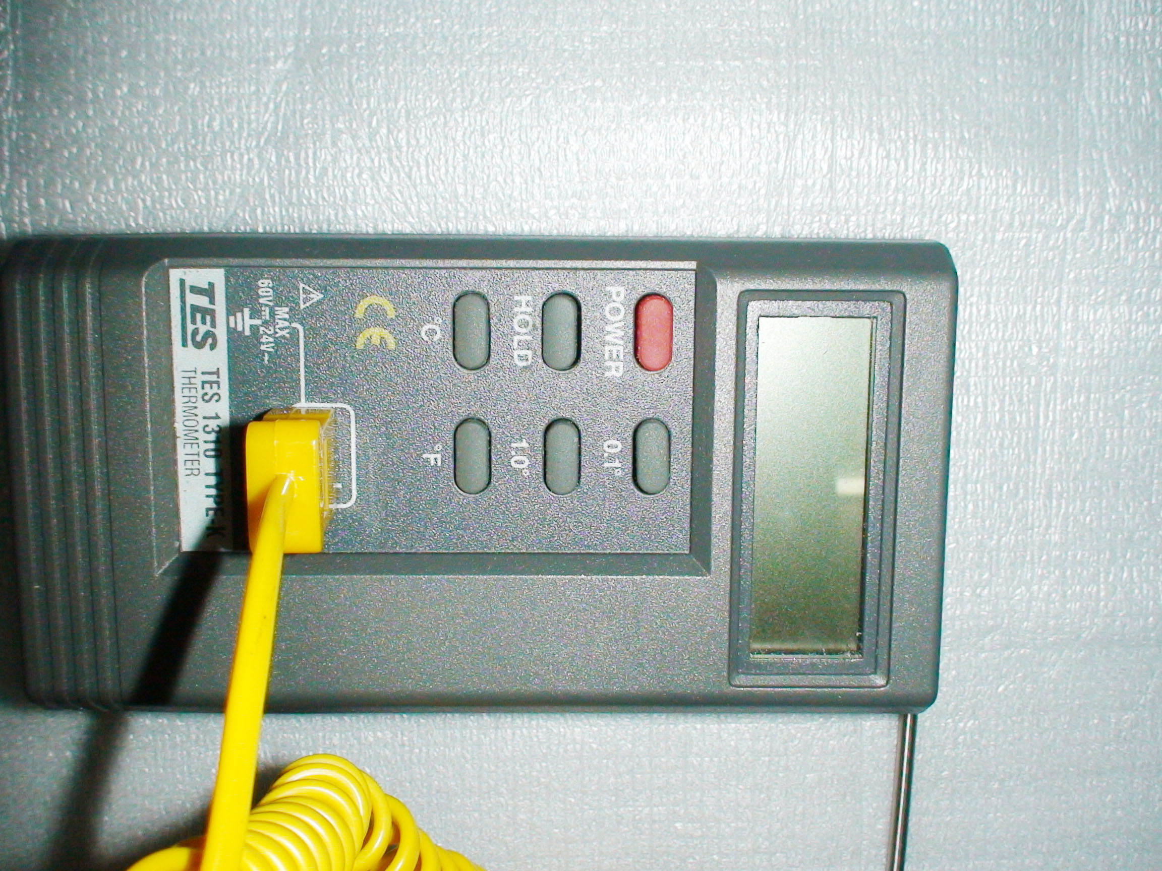 tes1310便携式数字温度表